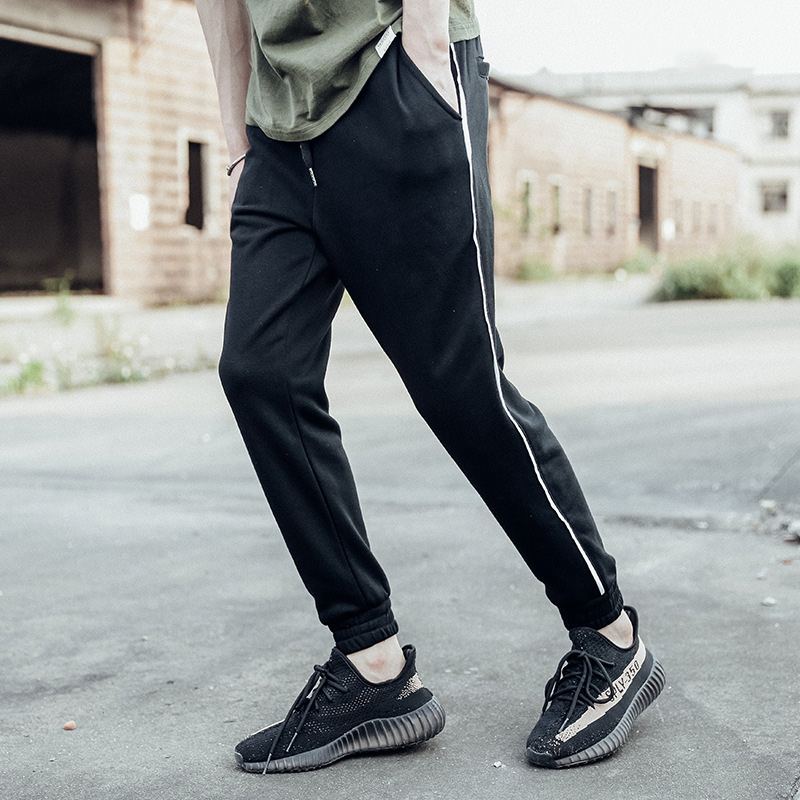 2017 New Jogger Pants Men sportswear Pants Black Red cotton Mens GYMS Fitness Workout Pants skinny Sweatpants Trousers