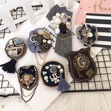 Korean Handmade Women Girl Brooch Pins Badge Series Big Metal Plaid Tassel Star Chain Bee Wholesale Coat Fashion Accessories-SWF