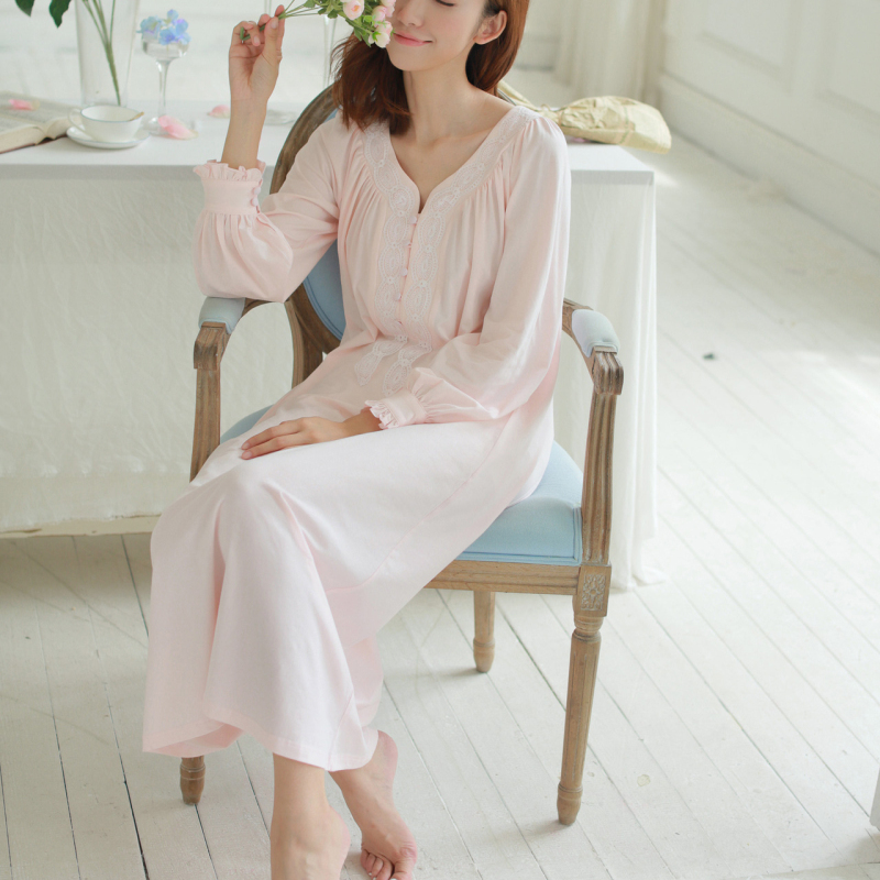 5ce323aff0f9 Pregnant Lace Sleep Dress Long Sleeve Cotton Maternity Nightgown Princess  Nightdress Plain White Pink Brief Pregnancy Sleepwear-in Sleep   Lounge  from ...