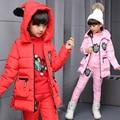 2016 nova inverno Russo! crianças inverno meninas macacão conjunto de roupas jaqueta de pato branco para baixo casacos, roupas para crianças