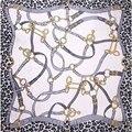 100% Bufanda de Seda Bufanda de Las Mujeres Del Leopardo Correas de Seda Hijab Wrap Bandana Foulard Medio Bufanda de Seda Cuadrada 2017 Hot Mujer Señora regalo