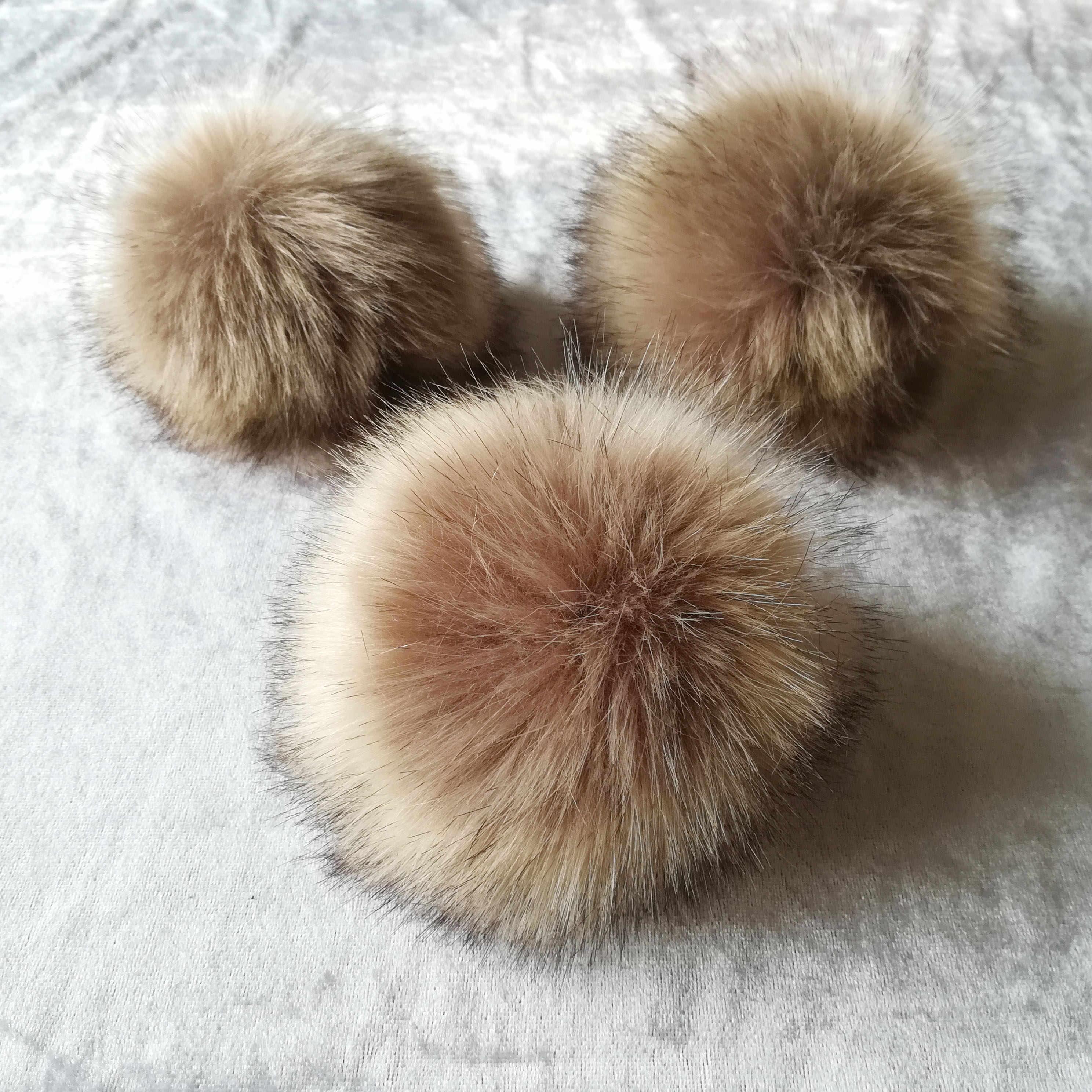 12 centímetros Anti comprimir Poliéster Artificial Fur Pom pom Para Skullies Gorros De Malha Bola de Pêlo Falso Para Chave Sacos Cadeia acessórios