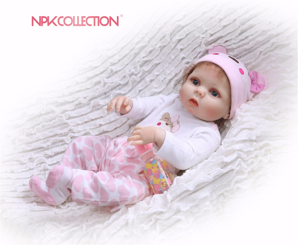 Oyuncaklar ve Hobi Ürünleri'ten Bebekler'de Tam vücut silikon 57 CM Silikon Yeniden Doğmuş Bebek El Yapımı Bebek Yumuşak Oyuncaklar Buketleri Için bebes Reborn Kızlar Playmate Xmas Hediye G'da  Grup 1
