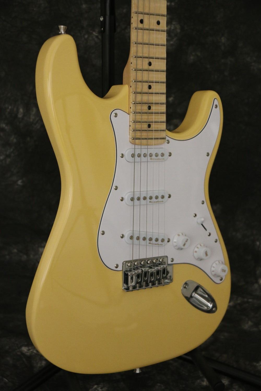 Vente chaude bonne qualité FD ST Yngwie Malmsteen guitare électrique festonné touche à grosse tête tilleul corps standard taille