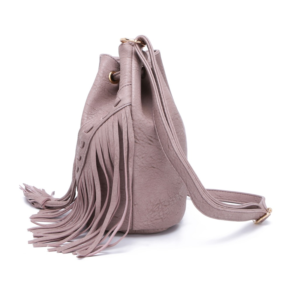 Jollque Leather Fringe Shoulder Bag Tassel Music Festival Boho Chic Indian  Hippie Gypsy Tribal Bohemian Sac Ibiza Bucket Bag-in Top-Handle Bags from  Luggage ... 2d41a4468060e
