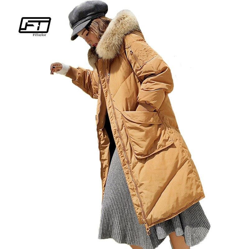 Fitaylor Novas Mulheres Jaqueta de Inverno Genuíno Gola de Pele De Guaxinim Com Capuz 90% de Pato Branco Para Baixo Parkas Casaco de Inverno de Médio Longo Solto