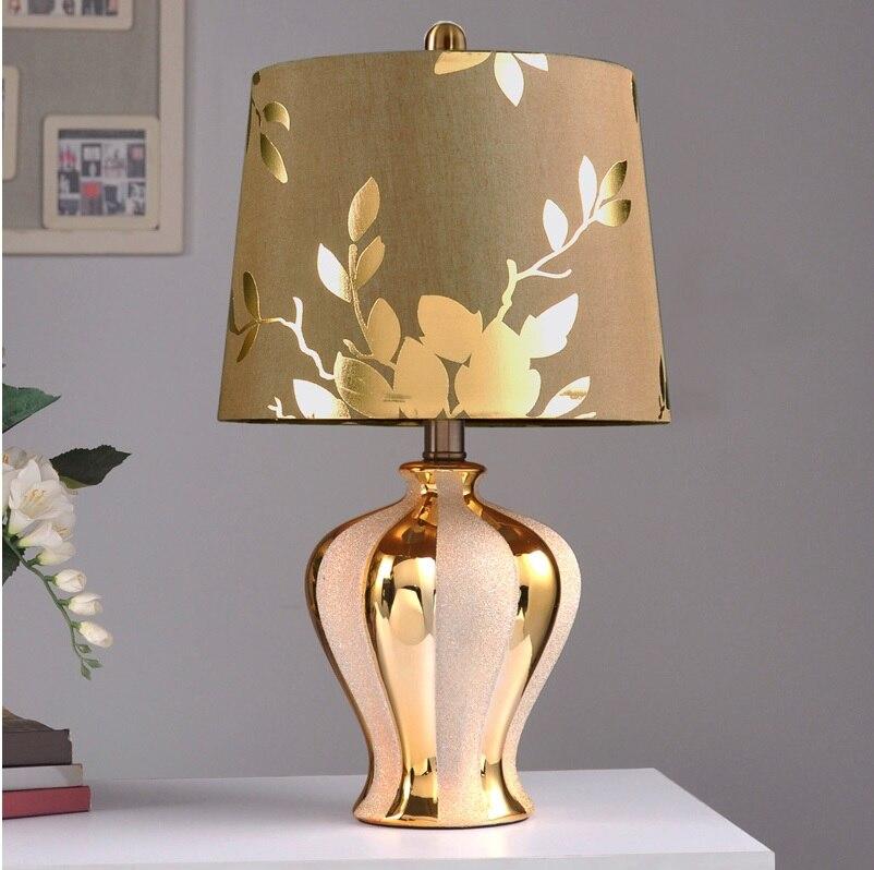 47.5 cm Bronzage Bouteille Lampe avec Argent Grenaillage Décor/Brun Soie Tissu Ombre avec Golden Linge
