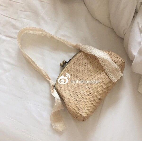 Hand woven Holiday Original Color Clip Handbag Straw Bag A2937