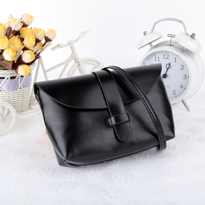 2018 Mode chaude noir Femmes messenger Bag Designer Sacs À Main Femme En  Cuir bandoulière Sacs À Main Femmes Célèbres Marques Épaule Sac d95e32b66eb