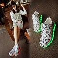 Tamaño 35-45 estilo de la manera que brilla intensamente shoes zapatillas led luminoso sneakers shoes con luz led up cestas femme feminino femenino