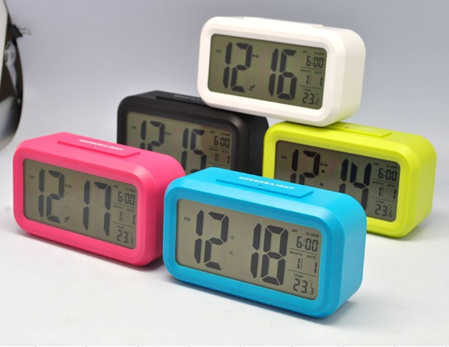 alarm clock cute luminous led electronic clock small alarm. Black Bedroom Furniture Sets. Home Design Ideas