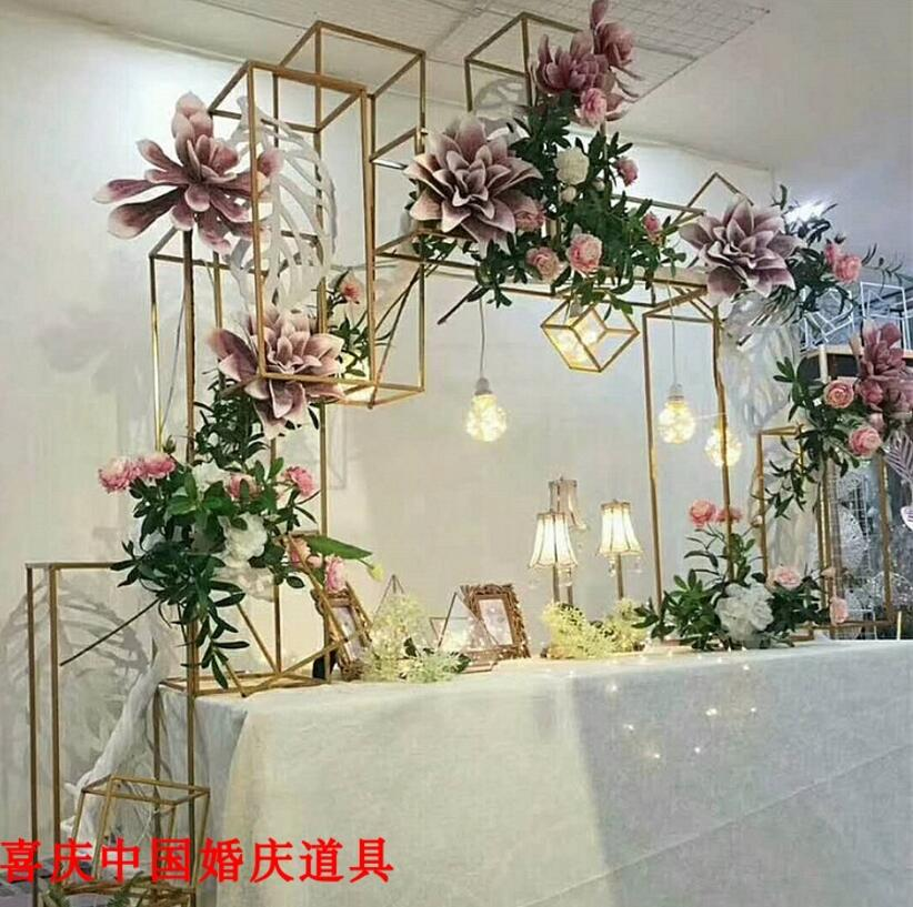 The new wedding props road leading to the square of the square of the geometric square of the decoration of the metal decorative in Party DIY Decorations from Home Garden