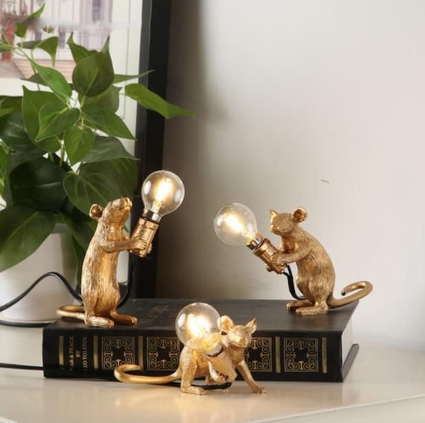 Rato Resina Candeeiro de Mesa Peculiar Branco Nórdico Criativo Sala de estar Quarto das Crianças Sala de Estudo Luz Decorativa Lampara de Mesa