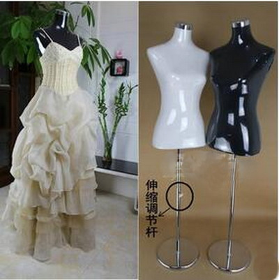 Female manikin manichino forms clothing window display for Wedding dress display at home
