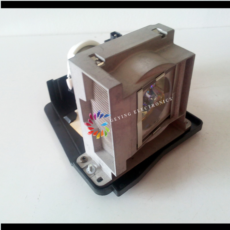 Original Projector lamp/bulb with housing VLT-XD2000LP / NSH 300W for WD200, XD1000U, XD2000U replacement lamp bulb with housing vlt xd206lp for md307x md307s xd206u sd206u sd206