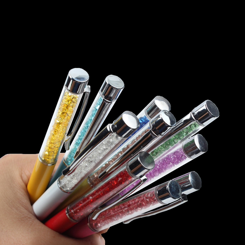 купить 1PCS GOOD QUALITY Delicate Crystal Pen Diamond Refills Office School Supplies Pens Writing Ballpoint Pens Gift a Pen Nib 0.7mm по цене 40.12 рублей