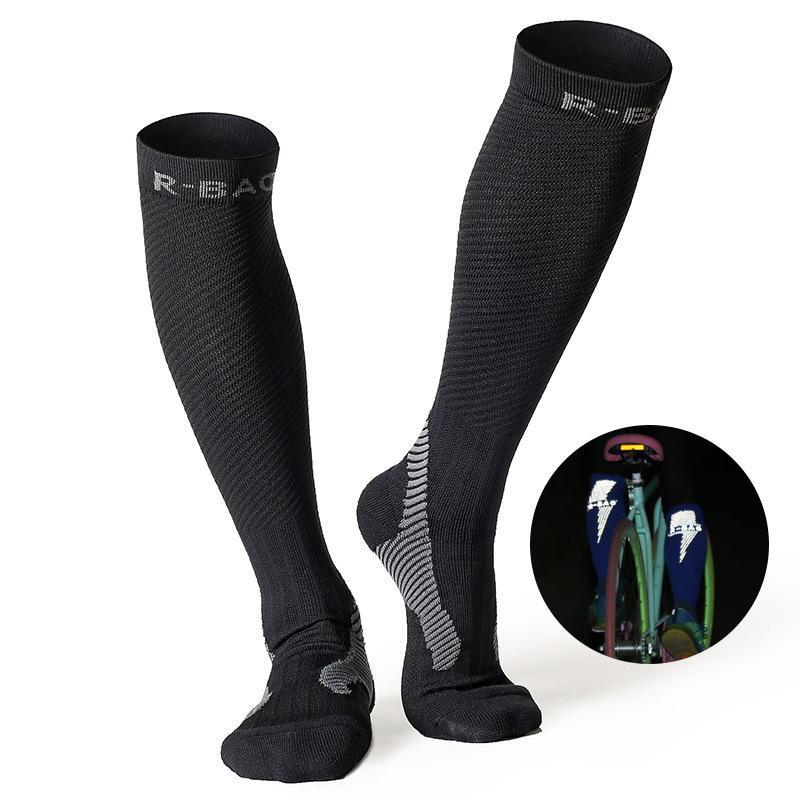 1 Paar Reflektierende Männer Sport Sportlich Kompression Nacht Lauf Marathon Socken Lange Über Knie Hohe Radfahren Socken Niedriger Preis