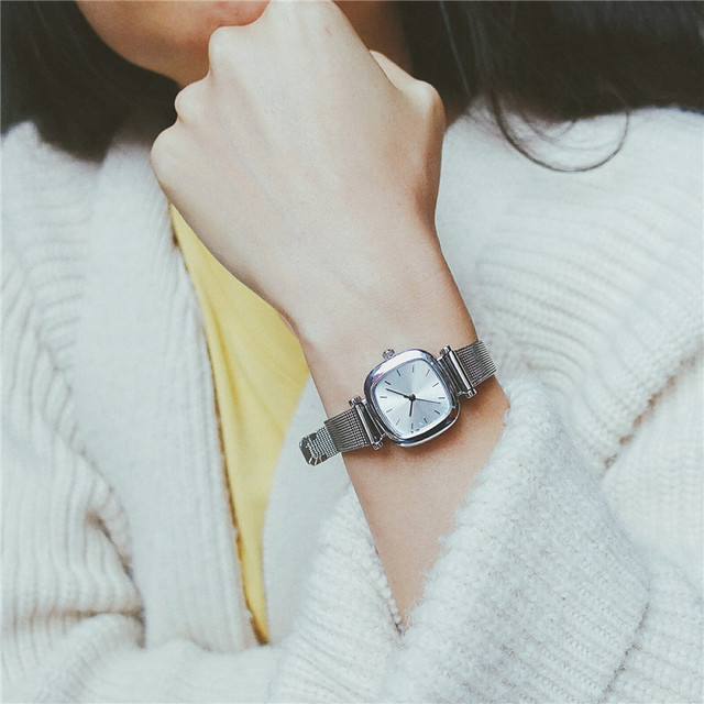 Simple women's fashion watch square dial design stainless steel mesh band women