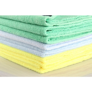Image 2 - 1Pcs New Microfiber Auto Detailing Towel 40x40cm 300GSM  Ultra Soft Edgeless Towel Perfect For Car Washing Paint Care Accessory
