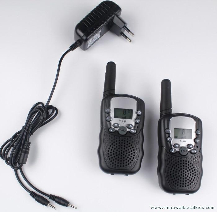 2 pcs talkies-walkies T388 PMR446 mobile radio communicateur VOX FRS/GMRS radios talkie-walkie led lampe de poche + UE ou chargeur US plug