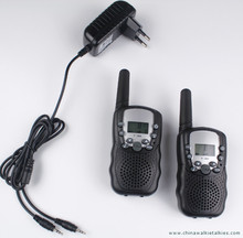 2pcs walkie talkies T388 PMR446 mobile radio communicator VOX FRS GMRS talkie radios led flashlight EU