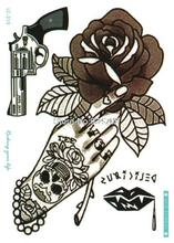LC-310 21x15cm Vintage Skull Hand Pistol Large Tatoo Sticker Classical Black White Design Cool Temporary Tattoo Stickers Taty