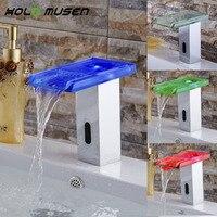 Экономия воды Hands Free Автоматический Инфракрасный Сенсор коснитесь Ванная комната LED Сенсор кран Бесконтактный Стекло Ванная комната кран в