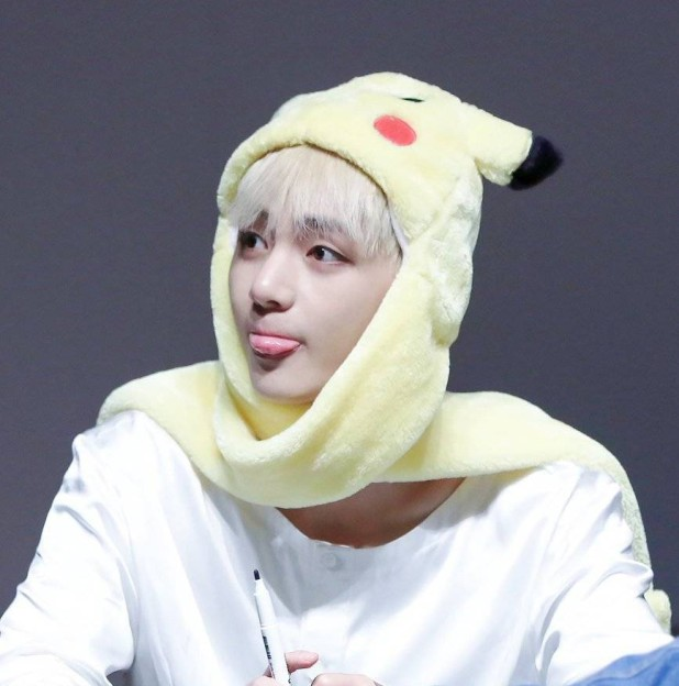 Kpophome New BTS V seem style Fashion and Q-style Pikachu multifunctional Scarf Hat Gloves Neckerchief Lady Scarves Warm cap