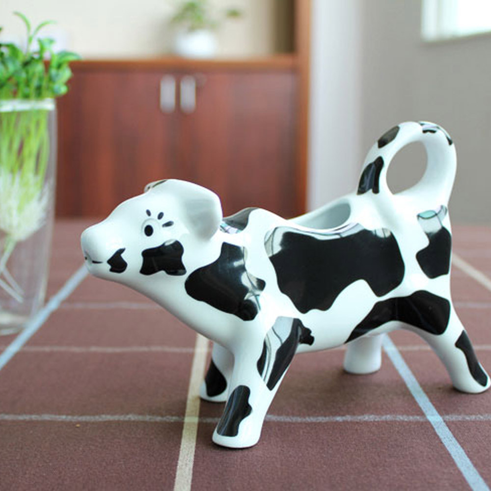 Creative Porcelain Soy Sauce Dispenser Cute Cow Shaped Pitchers Ceramic  Sauce Bottle Container Kitchen Practical Gadget Decor In Gravy Boats From  Home ...