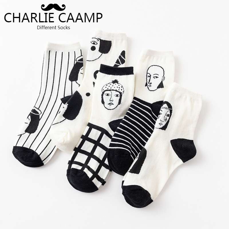 Women Cotton Crew   Socks   Autumn Winter Fashion New Black White Color Simple Creative Fun Printing Ladies Trend Short   Socks   J119