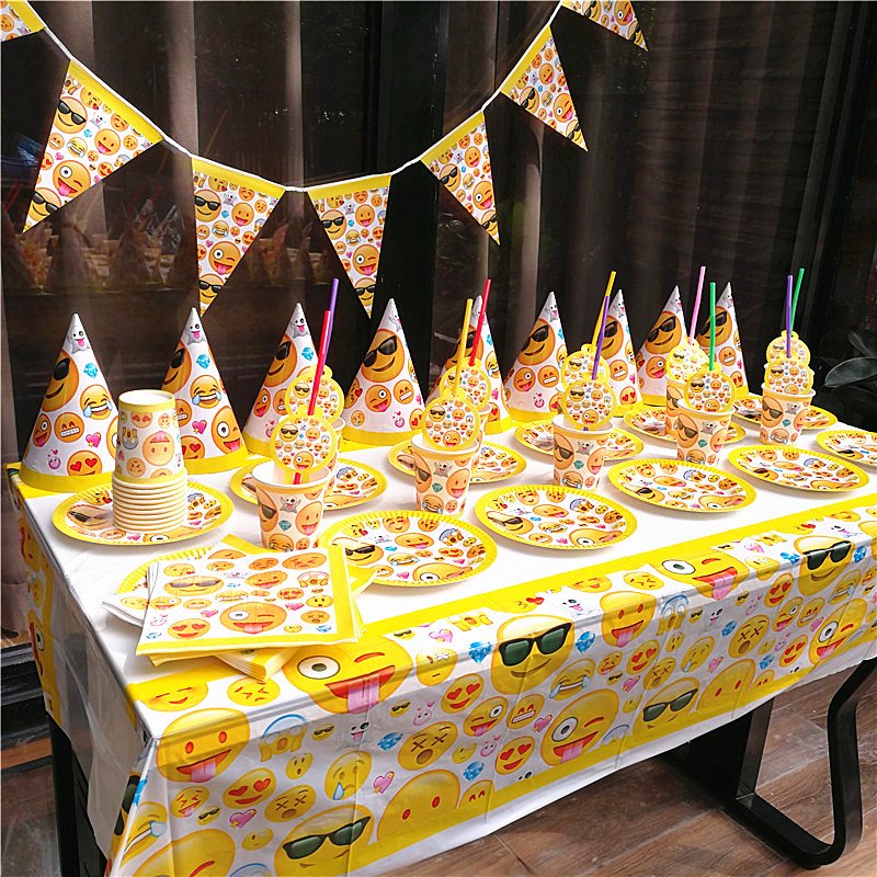 91pcs Cute Emoji Disposable Tableware sets TableCloth cups Paper plate Napkin Flag Theme Kids Boy Birthday Party Decoration