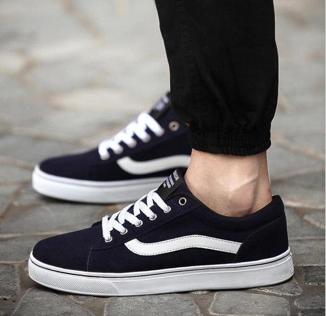 2016 Black New Arrival Classic Canvas Shoes Fashion Flat Heel Men Canvas Shoes Unisex Lace-Up Casual Shoes Man Plus size 39- 47