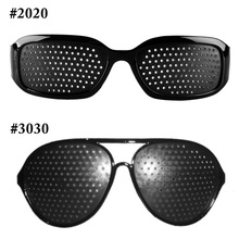 Seksowna czarna Unisex do pielęgnacji oczu otwór zawleczki okulary okulary z otworkami oko ćwiczenia wzrok poprawić plastikowe naturalne uzdrawiające tanie