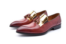Fashion black / wine red summer loafer shoes mens wedding shoes genuine leather dress shoes mens formal shoes with tassel