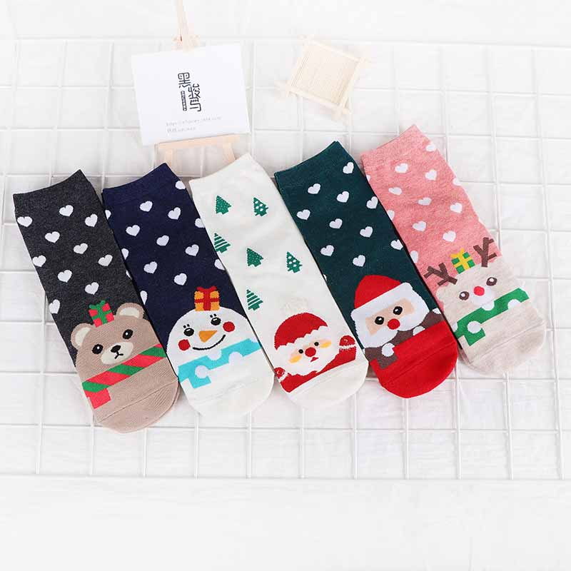 Leisure Winter New Women Christmas Cotton Short Sock Lady Lovely Cartoon Fawn Santa Claus Short Socks Wholesale Hosiery