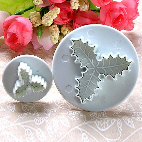 2Pcs/Set Holly Leaf Cake Tools Sugarcraft Fondant Decorating Plunger Cutters Mould Christmas Cake Decorating Tools
