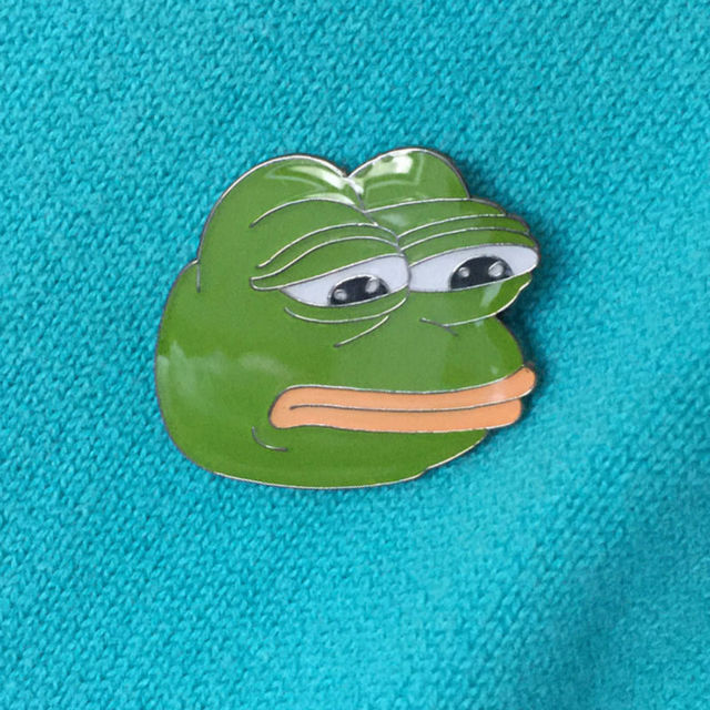 2017 New Arrival 1'' High Sad Frog Lapel Pin and Brooches Green Enamel Pins Badges Fashion Popular
