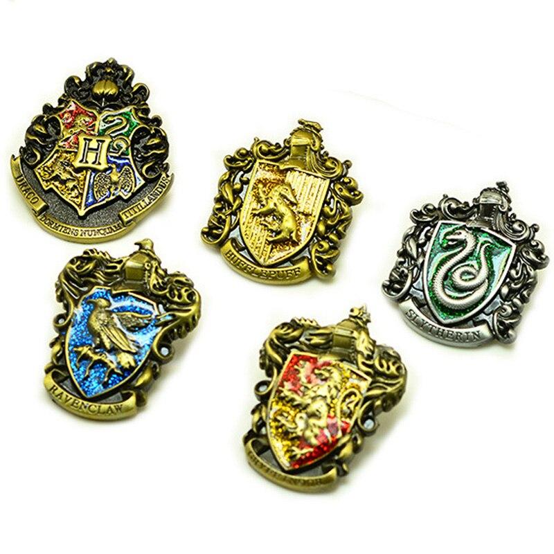 Harri Potter Hogwarts Gryffindor Slytherin Ravenclaw Hufflepuff Symbol Metal Badge Pin Brooch Chest Button figure toysHarri Potter Hogwarts Gryffindor Slytherin Ravenclaw Hufflepuff Symbol Metal Badge Pin Brooch Chest Button figure toys