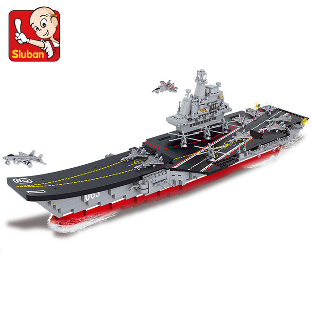 Sluban building blocks 1:450 Aircraft carrier 4 Antisubmarine helicopters 4 Stealth aircrafts 4 fighter planes 4 patrol yachts