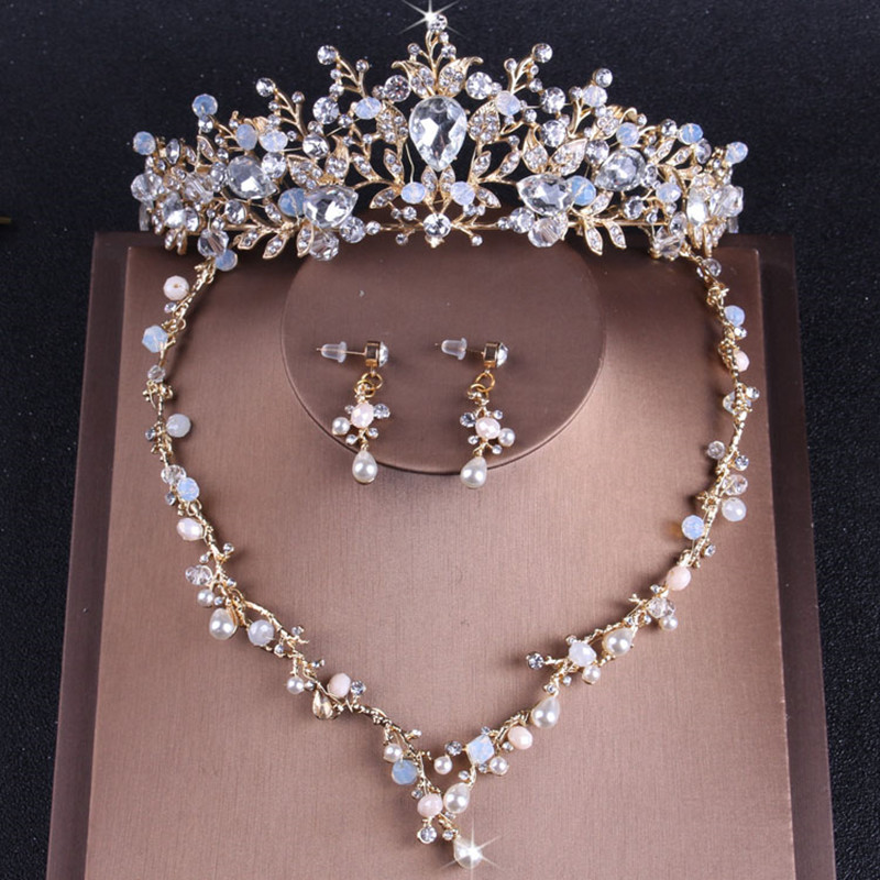 Gold Hair Tiaras Party Wedding Crowns Set Necklace Earrings 2018 Sparkling Pearls Crystal Headbands Flowers Bridal Accessories