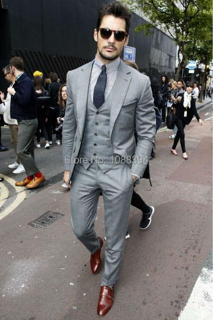 Abito Matrimonio Uomo Grigio : Mens su misura grigio chiaro abiti moda vestito convenzionale
