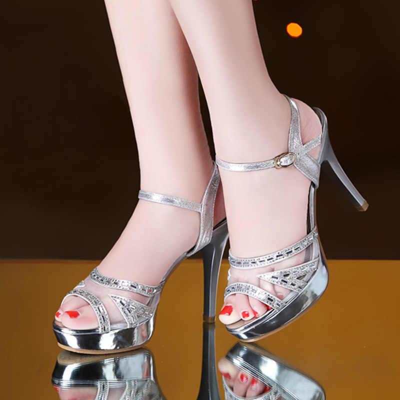 Seksi stiletto topuklu 2019 yaz yeni kadın ayakkabısı yüksek topuklu sandalet su geçirmez platformu kadın rhinestone balık ağız ayakkabı