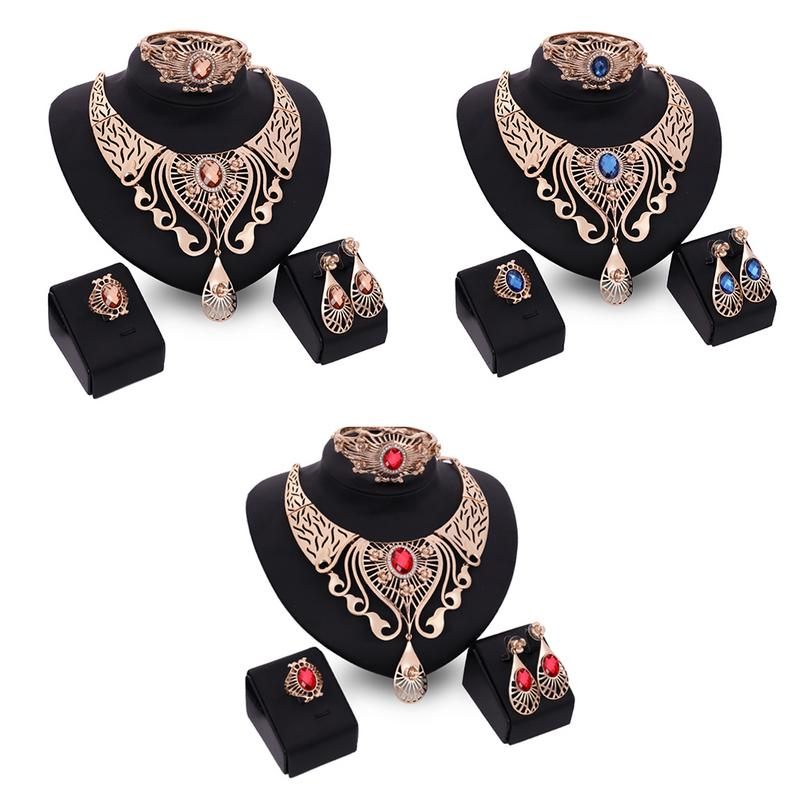 2018 Hot Fashion Big Tear Shape Pendant Necklace Earrings Bracelet Four-piece Set Rhinestone Luxury Women Jewelry Set Party