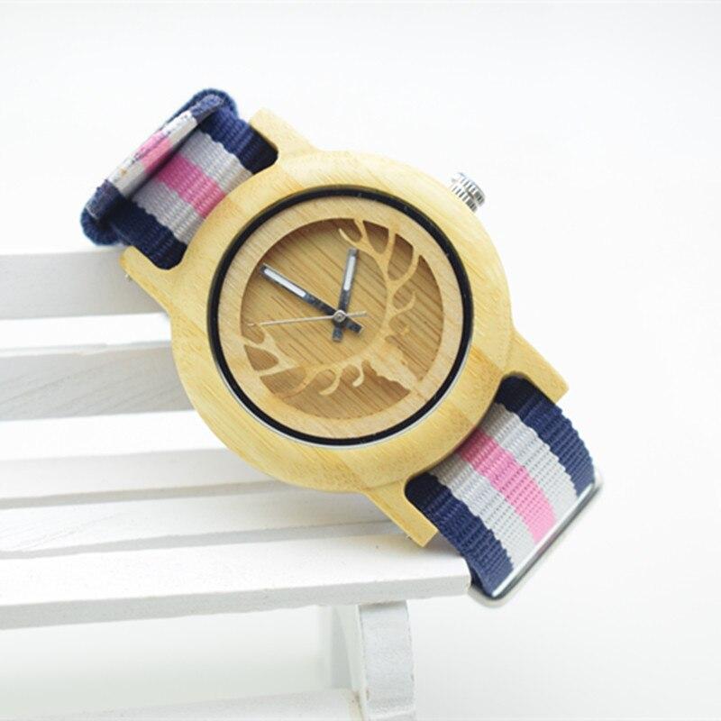 Nova Moda Relógio De Madeira De Bambu Para As Mulheres Com o Japão Movimento Em uma Caixa de Papel