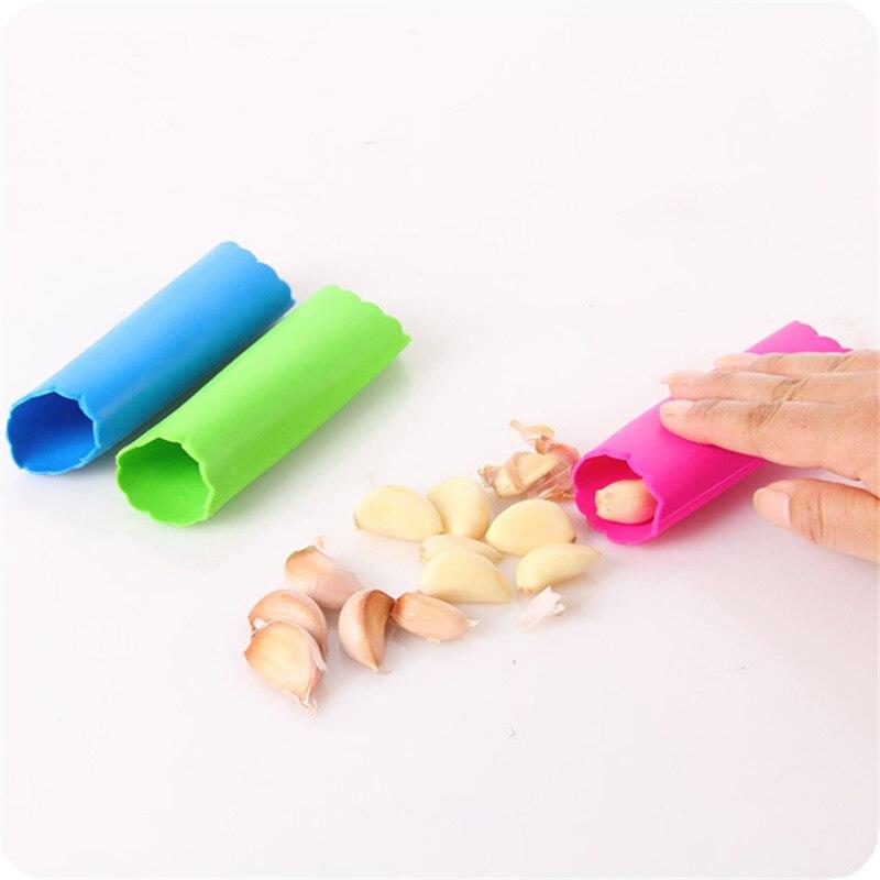 1 шт гаджет для очистки чеснока чистить ручной выделки чистить чеснок Товары для Кухня Товары нож овощей Кухня аксессуары, Q