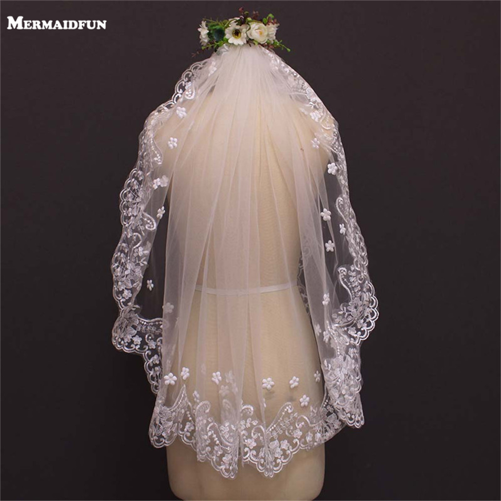 Real Photos Pearl Beaded Flower Lace Short Wedding Veil WITH Comb White Ivory Bridal Gown Wedding Accessories