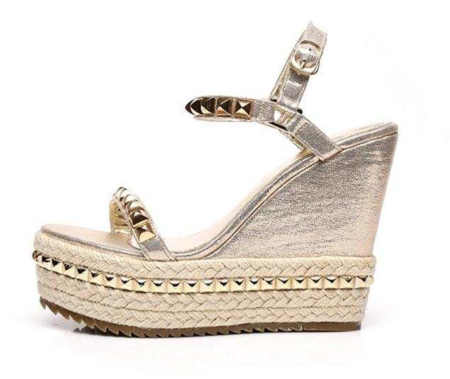 0e799bc900d1 placeholder Sexy Lady Summer Lady Fashion High Heel Gold Wedge Sandals  Elegant Flower Rivets Design Lady Fashion