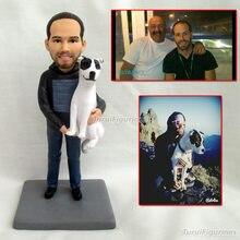 Presente personalizado para o pai com cão de estimação nome da data personalizado bolo de aniversário topper noivo e noiva figuras de ação argila boneca