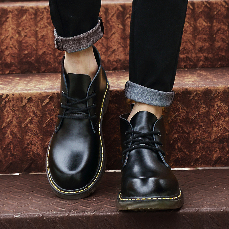 In 2017 the new winter fashion shoes brush color Martin handsome mens boots work