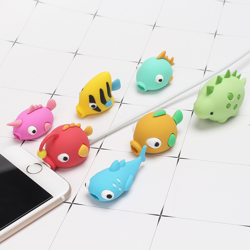 1 pcs Cable Protector USB Wire Bite management Cable Winder Marine Animals Shaped Phone Connector Accessory for Mobile phone
